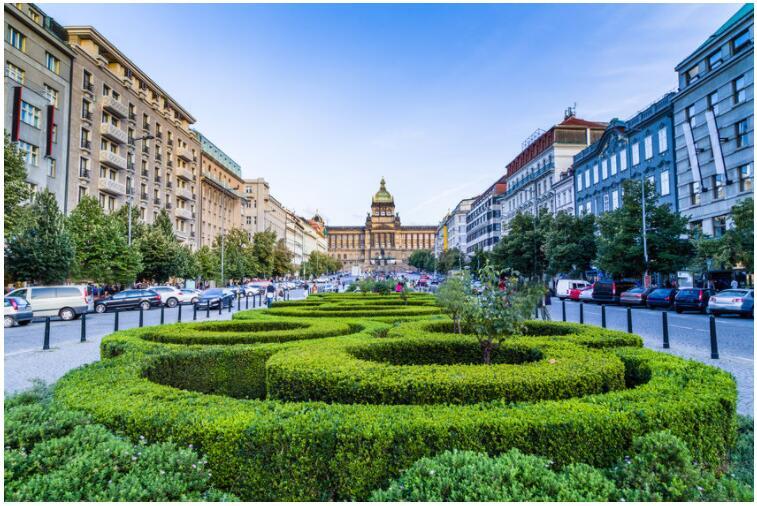 Shopping in Prague
